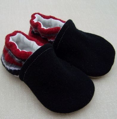 Black Interlock/Red Heel Stripe, sz 12-18m
